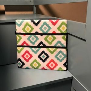 NIB Thirty-One Wall Pocket Board Candy Corners